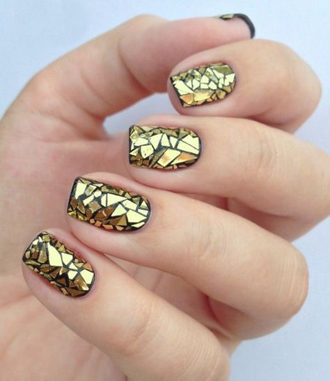 30Broken Glass Effect On Gold Nails - 30 Exquisite Gold Nail Designs Nail Design Ideaz