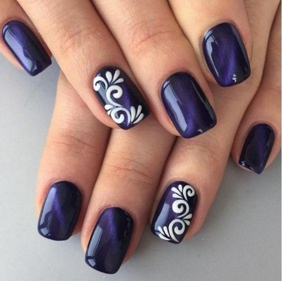 30Ornate Design On Dark Blue Nails - 30 Calming Blue Nail Art Nail Design Ideaz