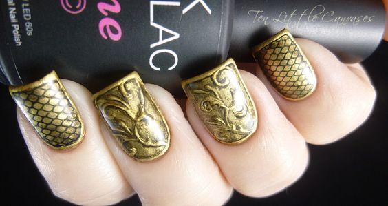 30 Exquisite Gold Nail Designs