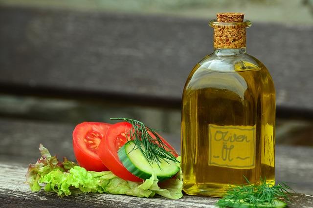 olive-oil-for-hands