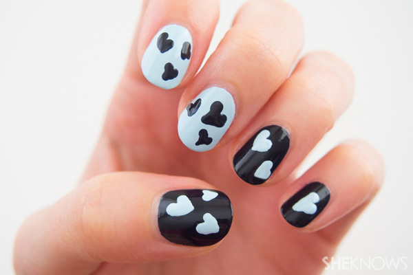 30Blue And Black Heart Nail Design - 30 Lovable Heart Nails Nail Design Ideaz