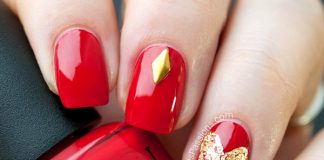 red and gold nails