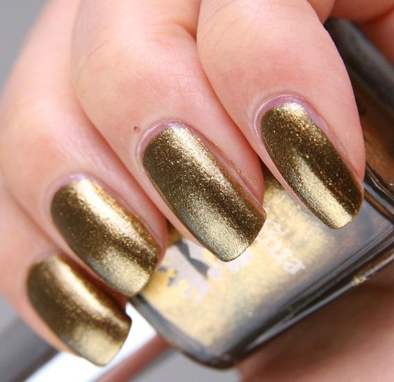 40 Gold Nails for Goddesses