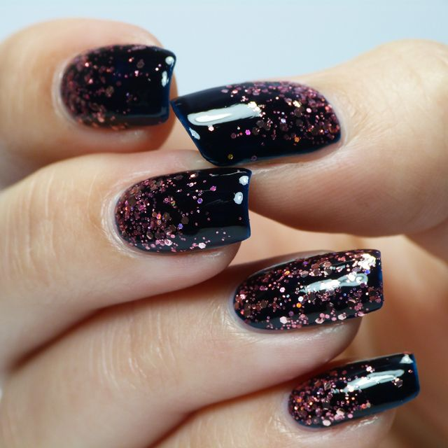 30Glittered Black Gel Nails - 30 Must-Try Dark Nail Designs Nail Design Ideaz
