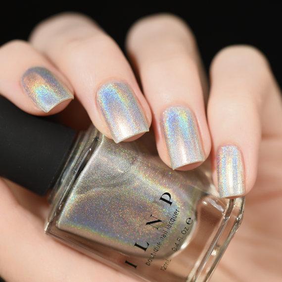 34 Shiny Metallic Nail Polish | Nail Design Ideaz