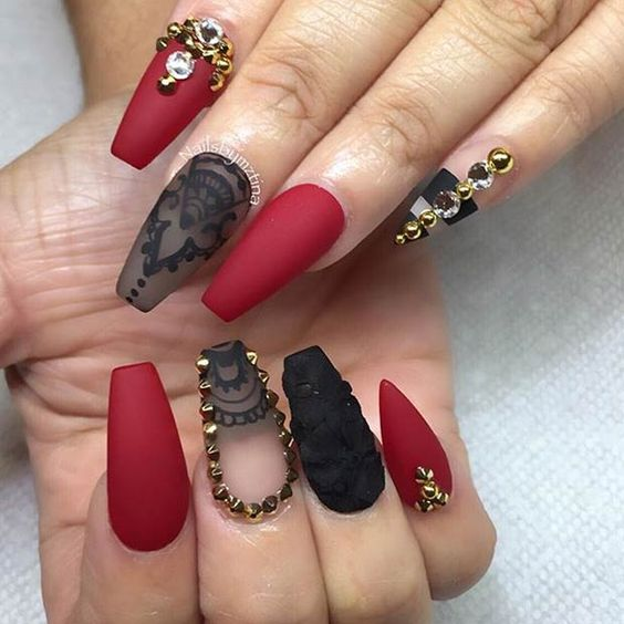 15red And Black Matte With Gold Rhinestones