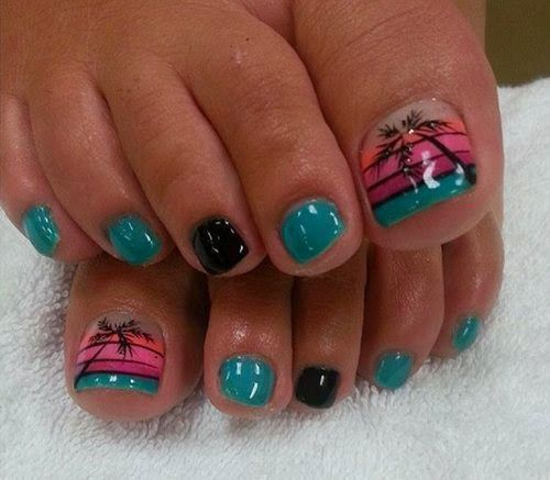 5Blue Green and Black Theme in Beach Inspired Nails - 15 Summer-Inspired Beach Toenail Designs Nail Design Ideaz