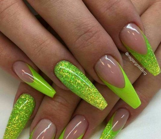 neon green nails