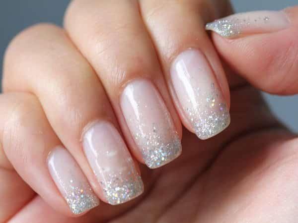 Nail Polish Glitter Tips