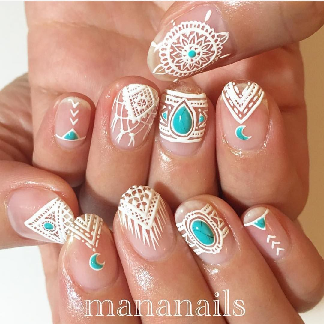 35 Carefree Boho Nail Designs