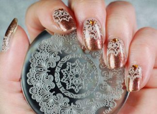 Arabesque Design On Bronze Polish