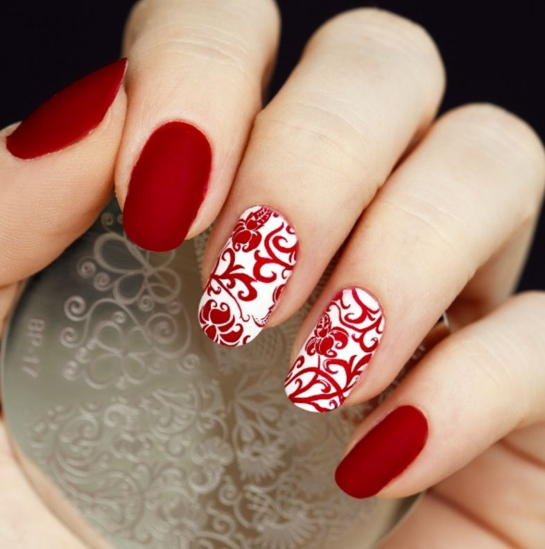 34 Elegant Red Nails | Nail Design Ideaz