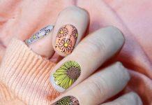 Daisies Nail Design