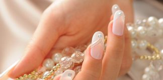 Beaded Wedding Nails Design