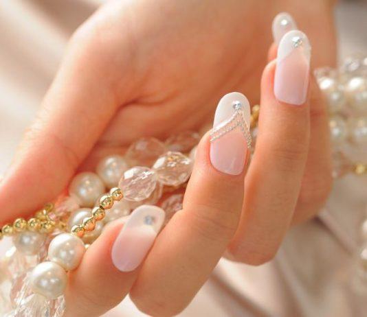 Beaded Wedding Nails Design