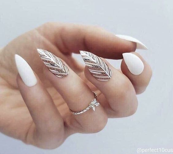 35 Chic Yet Classy White Nail Art