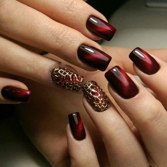 30 Glam Party Nails For Groovy Party-Goers!