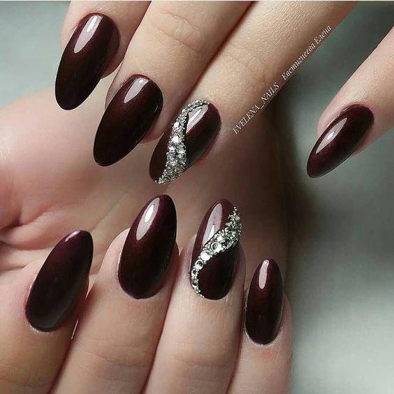 30 Glam Party Nails For Groovy Party Goers Nail Design Ideaz