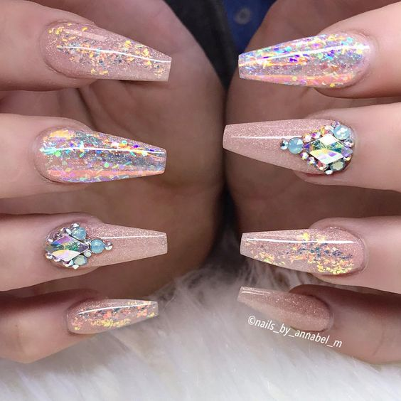 30 Rose Gold Nail Art Ideas That Will Definitely Look