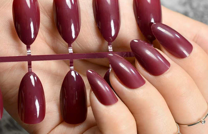The 4 Best Fake Nails to Buy For Any Occasion