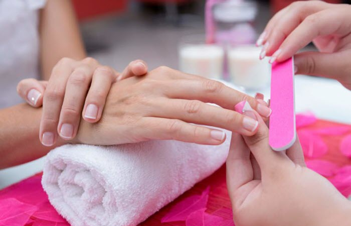 The Best Nail Buffer for Shiny Nails